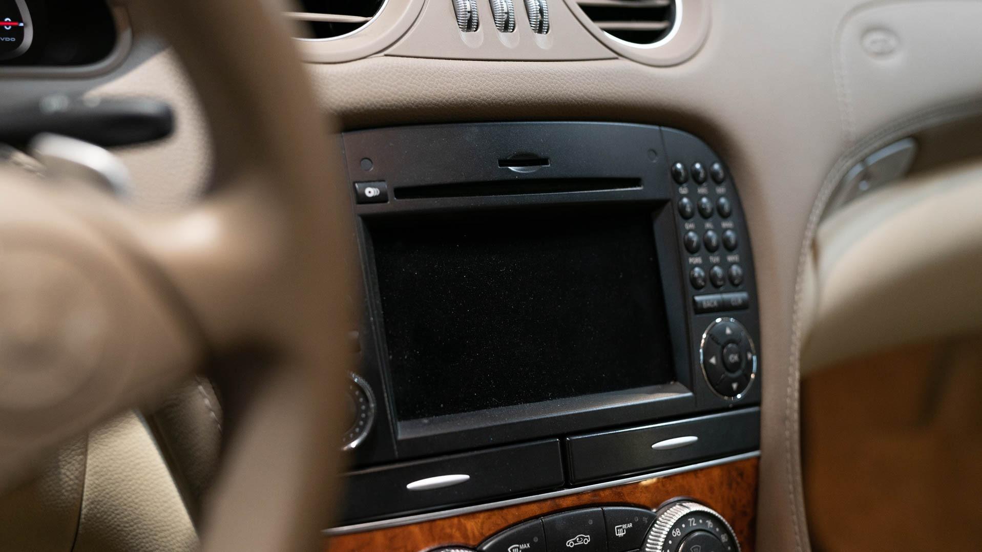 Used 2009 Mercedes Benz SL Class SL 550