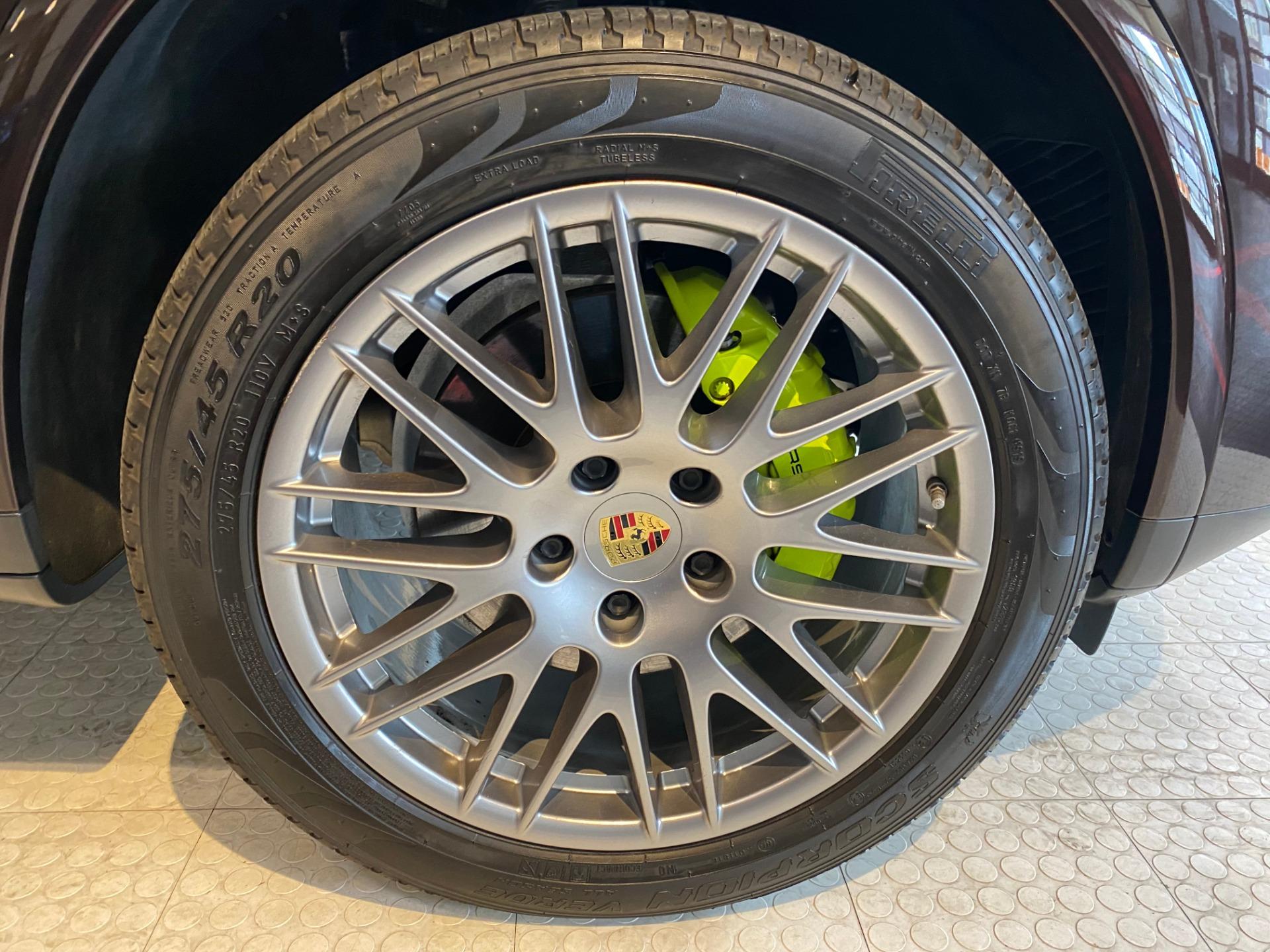 Used 2017 Porsche Cayenne S E Hybrid Platinum