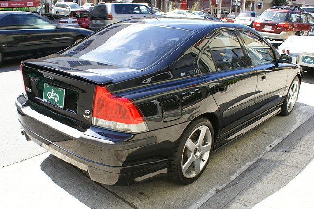 Used 2004 Volvo S60 R