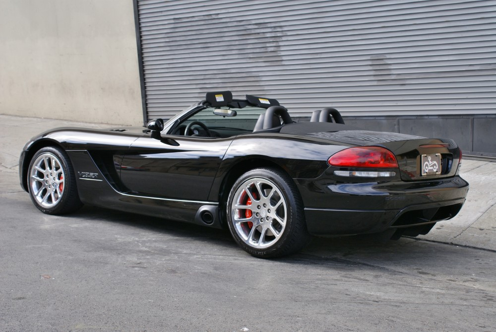 Used 2004 Dodge Viper SRT 10